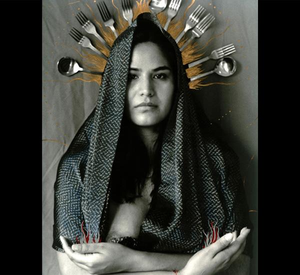 Série La résistance de la foi, <em>Vierge absente frontale</em>