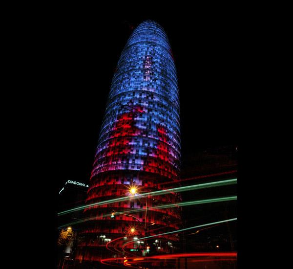 Yann Kersalé, Diffraction du Torre Agbar de Jean Nouvel, 2005.